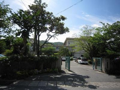 皇子山中学校