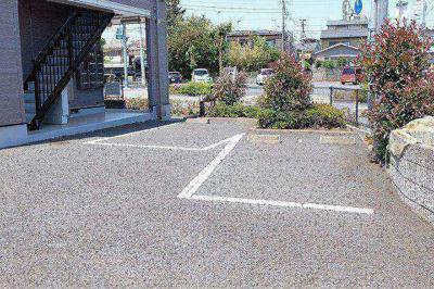 【駐車場】フロール