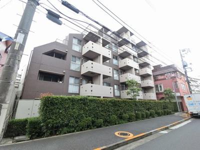 多摩川線「武蔵新田」駅徒歩3分!駅近ならではの便利な住環境も魅力的です。 オートロック・宅配ボックス・エレベーター付。