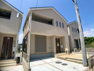 JR武蔵野線「市川大野」駅徒歩12分の全9棟の新築一戸建てです。