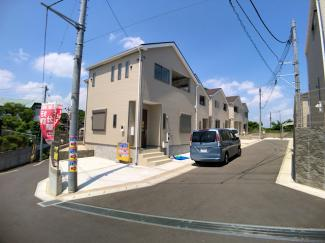 地震の揺れを軽減させる制震装置と住宅性能評価書付(最上位耐震等級)住宅で安心です。