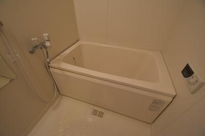 【浴室】バーンフリート総持寺㈱Roots