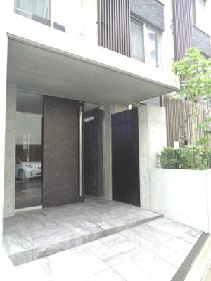 【エントランス】ウェルカーサ東高円寺