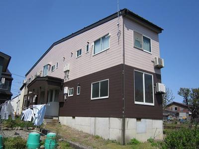 平成28年に屋根と外壁を塗装しました。就社上は消雪設備付きです。