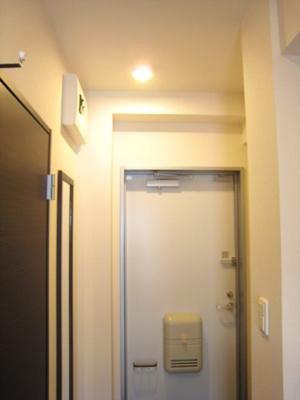 類似タイプ。洗濯機つき。