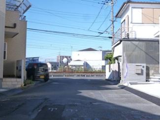 【前面道路含む現地写真】野洲市行畑 新築戸建