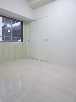 【洋室】セレニテ新大阪カルム
