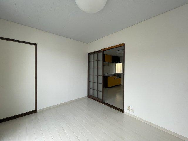 【洋室】秋山コーポ