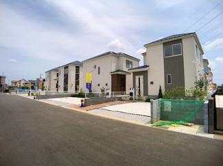 建物は延べ約29坪から約32坪と広く間取りは3LDKから4LDKです。