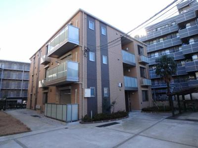 積水ハウス施工の賃貸住宅シャーメゾン♪東急東横線「綱島」駅より徒歩5分!スーパーまいばすけっとが近くて日々のお買い物に便利な立地の3階建てマンション♪