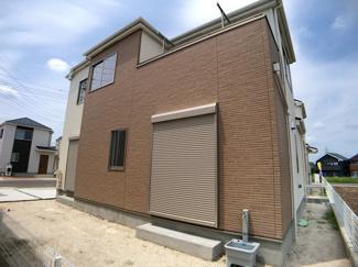 きれいな街並みの大型開発分譲住宅全12棟の新築一戸建てです。