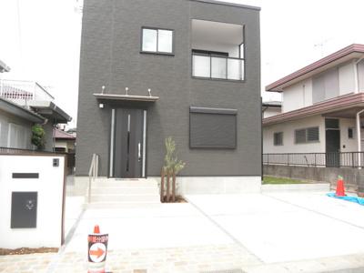 ・建物は「ONE'S CUBO(ワンズキューボ)」仕様で施工。・長く安心して住める高性能な家。長期優良住宅・光や風を取り込む空間。・地震に強い 耐震等級3。・省令準耐火仕様。