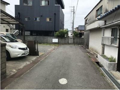 【前面道路含む現地写真】和歌山市加納 売地