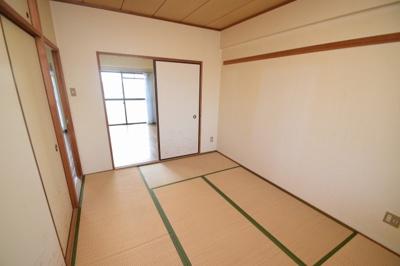 【寝室】メゾンソレイユ1号館 (株)Roots