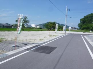 【前面道路含む現地写真】ガーデンスクエア近江八幡Ⅱ【9区画】 6号地