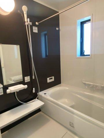 【浴室】新築一戸建て「南足柄市岩原」駐車4台可!