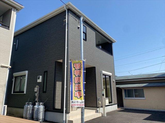 【外観】新築一戸建て「南足柄市岩原」車駐車4台可!