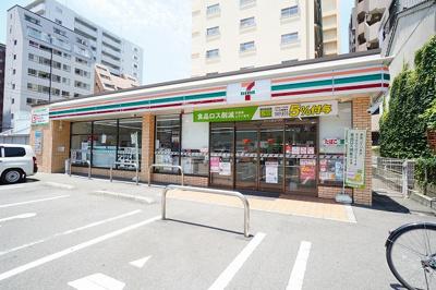 セブンイレブン福岡浄水通り店 徒歩約2分