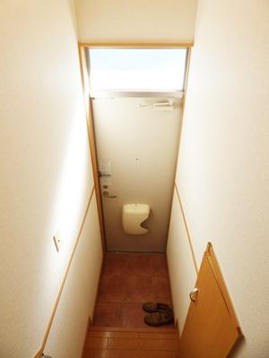【玄関】オイスターハウス
