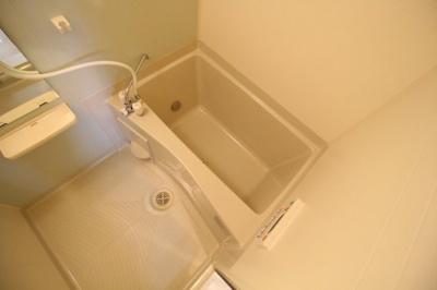 【浴室】サニー離宮前