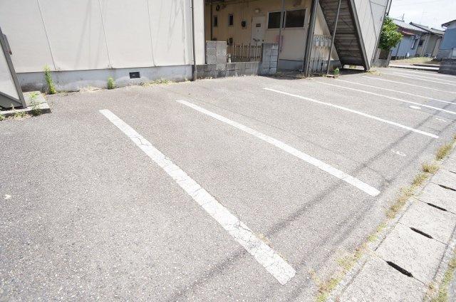 【駐車場】ハイツシャンポール