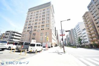神戸のど真ん中のメインストリート沿い