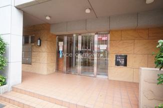 「駒川商店街」まで徒歩4分♪小学校、安心の徒歩3分♪生活至便な立地です☆