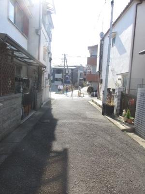 【前面道路含む現地写真】神戸市垂水区南多聞台3丁目 中古戸建