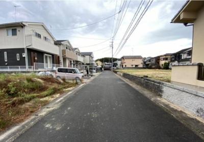 【前面道路含む現地写真】伏見区深草大亀谷古御香町 建築条件無し売土地
