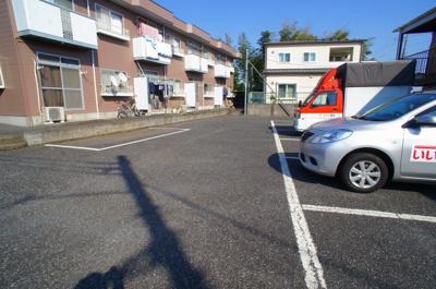 【駐車場】ハイツニシヤマA