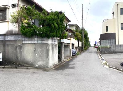 【前面道路含む現地写真】【中古戸建】貴志中学校区・54224