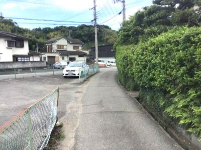 【前面道路含む現地写真】【売地】東中学校区・56613