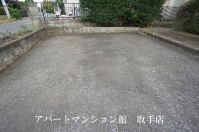 【駐車場】ヴェルデュールA
