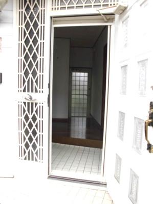 【玄関】日方一戸建
