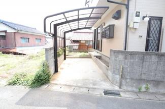 千葉市稲毛区園生町 中古一戸建て 稲毛駅 カーポートがございますので、お車も安心です!