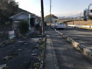 【前面道路含む現地写真】近江八幡市安土町小中 売土地