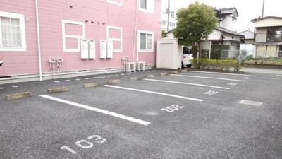 【駐車場】CRESTALLⅠ番館