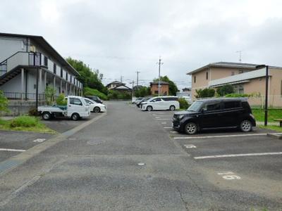 【駐車場】サンガーデンKOBAYASHI A棟