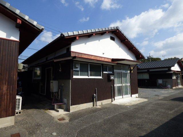 平屋の戸建の物件。日本家屋がお好きな方にもおすすめです。