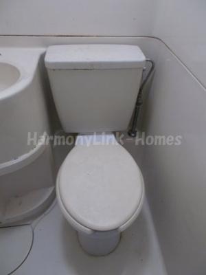 東池袋マンションの落ち着いたトイレです☆