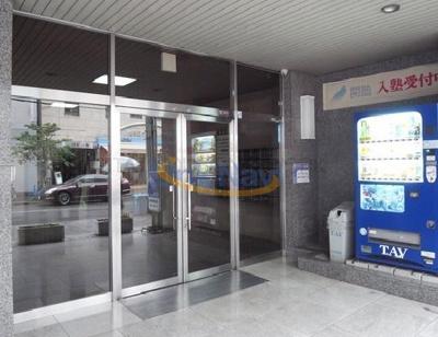 【エントランス】久保興産ビル