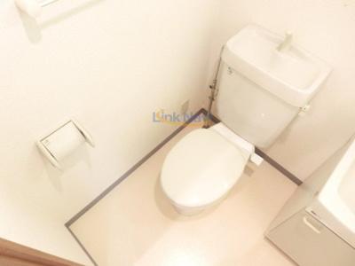 【トイレ】ヴァンスタージュ姫里