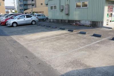 【駐車場】エステートピア
