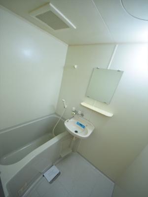 アブレスト桜川 バスルーム