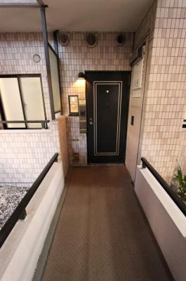 きれいな玄関です リフォーム完了しました♪♪毎週末オープンハウス開催♪三郷新築ナビで検索♪
