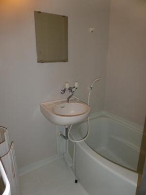 【浴室】ビーライン川南 C