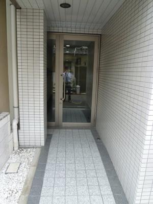 【エントランス】ラポルテ