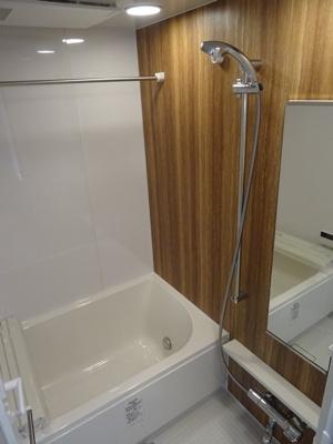 【浴室】ボヌール梅田
