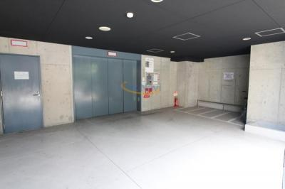 【駐車場】W.O.B.NISHIUMEDA