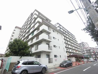 京浜東北線「蒲田」駅徒歩10分!駅近ならではの便利な住環境も魅力的です。 キッチン横の洋室の引戸を開放してリビングとしてもお使い頂けます♪